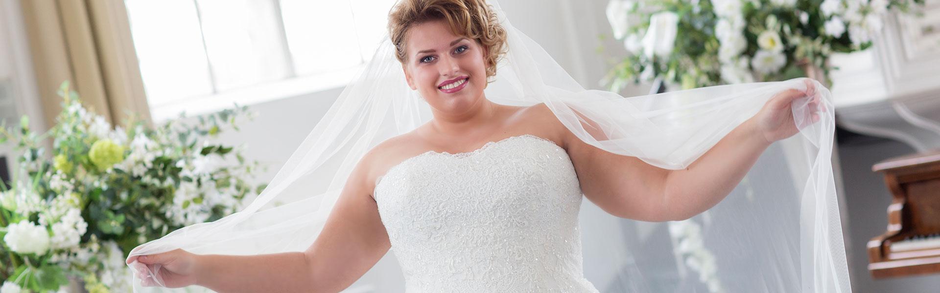Brautschau XXL – Brautmoden in großen Größen